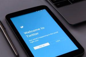 tablet w/ twitter